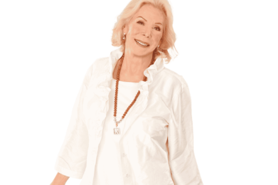 Photo of author and speaker Louise Hay | You Can Heal Your Life Workshop by Leslie Williamson